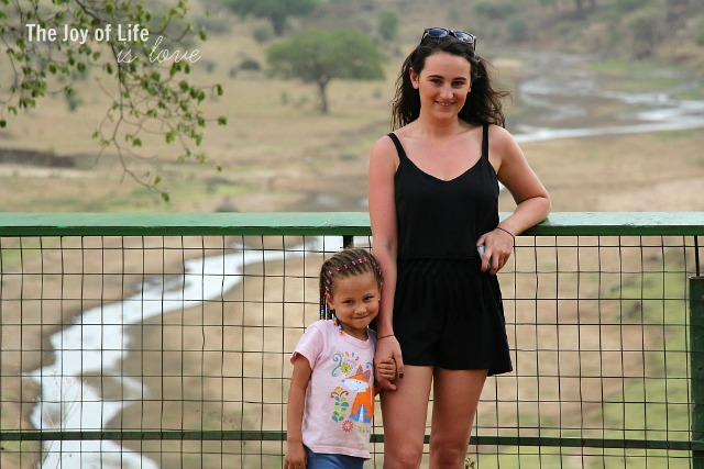 elly-and-charlotte-in-tarangire